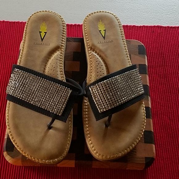 NWOT Black Crystal Sandals Size 8
